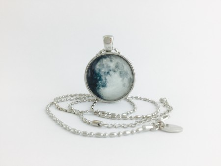Moon Pendant - Waxing Gibbous Moon