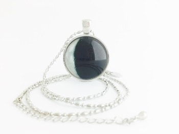 Moon Pendant Necklace – Waning Crescent (Morning Crescent) Moon